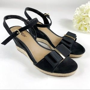 Seychelles Holly Black Wedge Sandals - Size 7.5